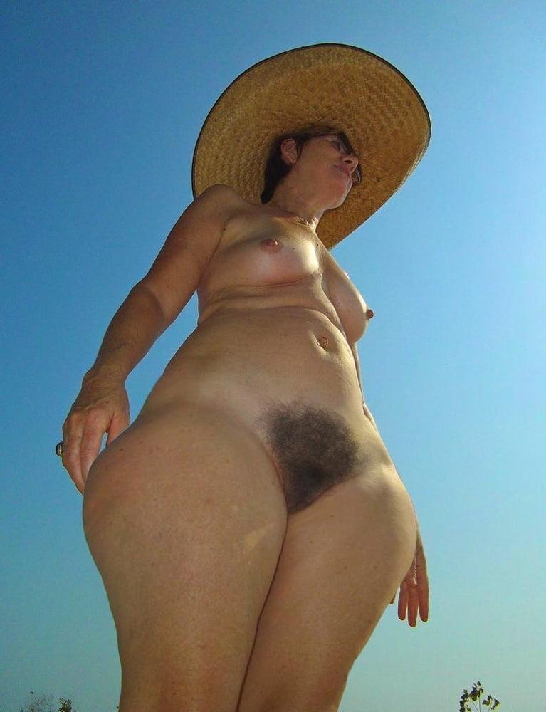 Hanches larges de grosses putes 2-wide hips of fat whores - 99 Pics