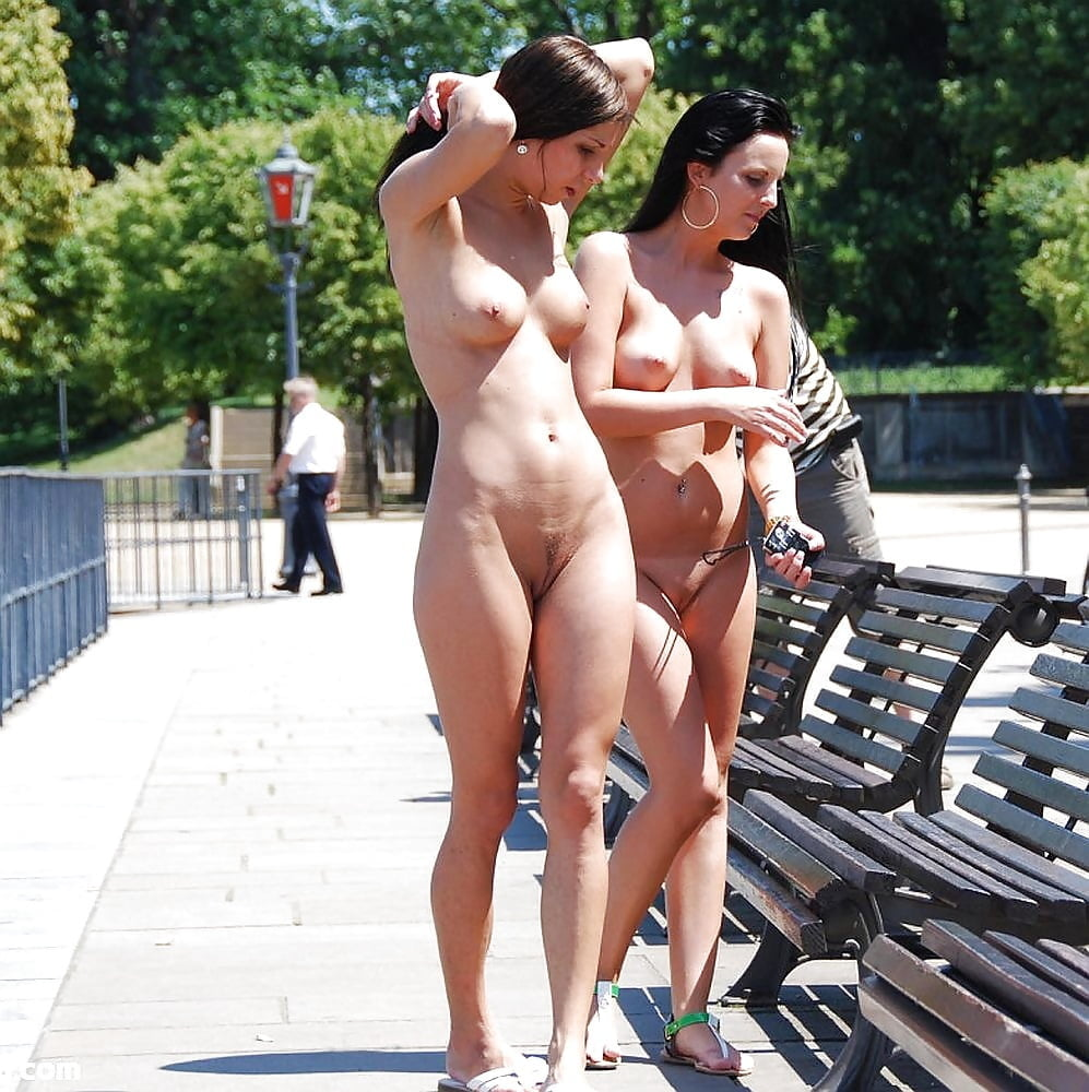 Nude and naked videos of girls on public place, out of cloth girl sex image