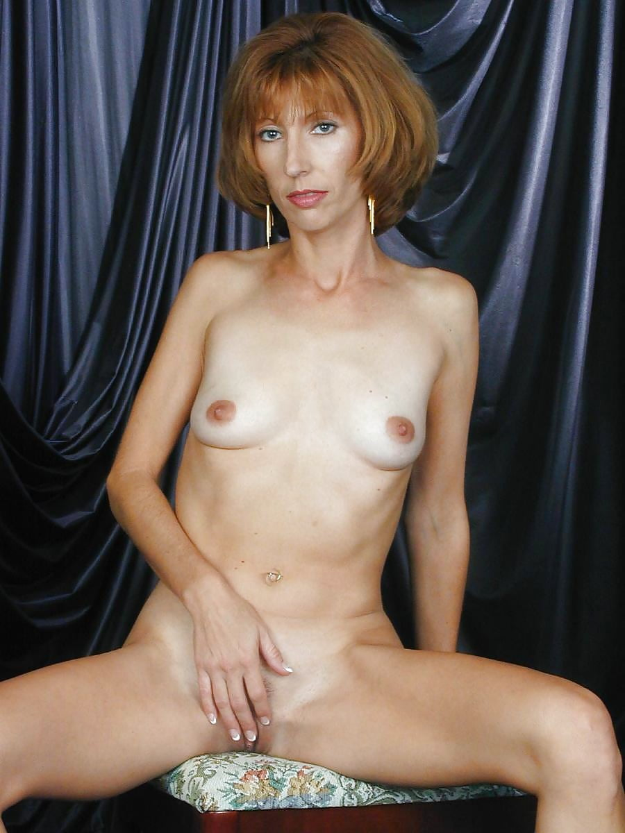 Skinny Milf With Tiny Tits Taylor Gets Naked And Fingers Her Butthole