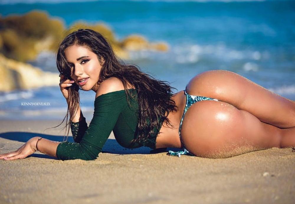 Латиноамериканские попки видео