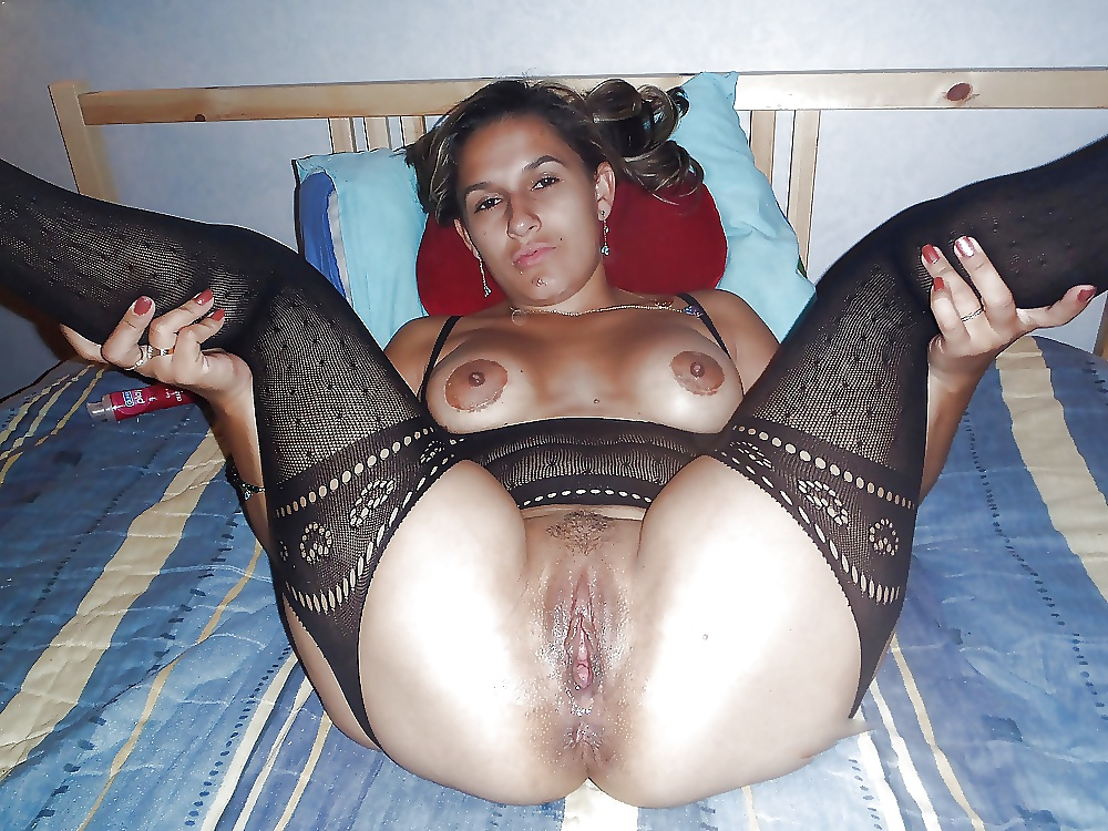 Wet Mexican Pussy Spread