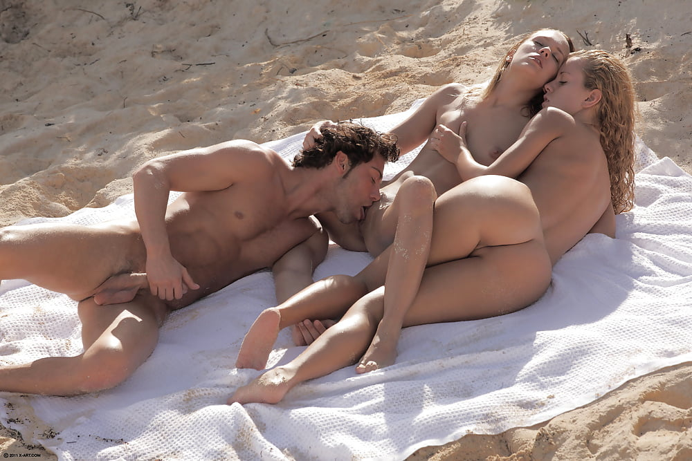 Naked beaches and sexual acts, free amateur public sex