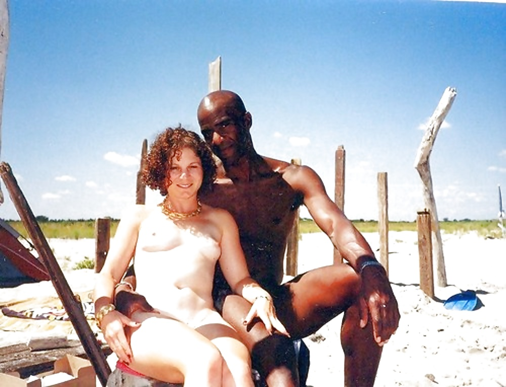 mandingo-in-nudist-beach-nude-sex-in-tights