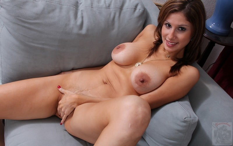 Big brunette mature natural tit, hentai eng dum streaming
