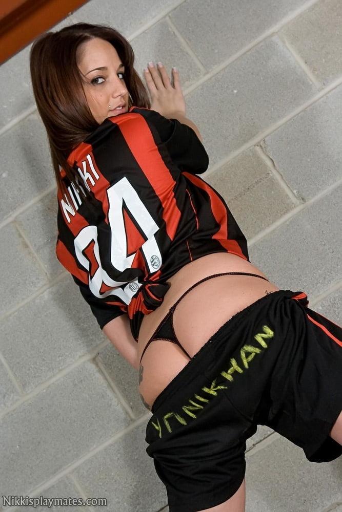 Sexy Football Girls- 422
