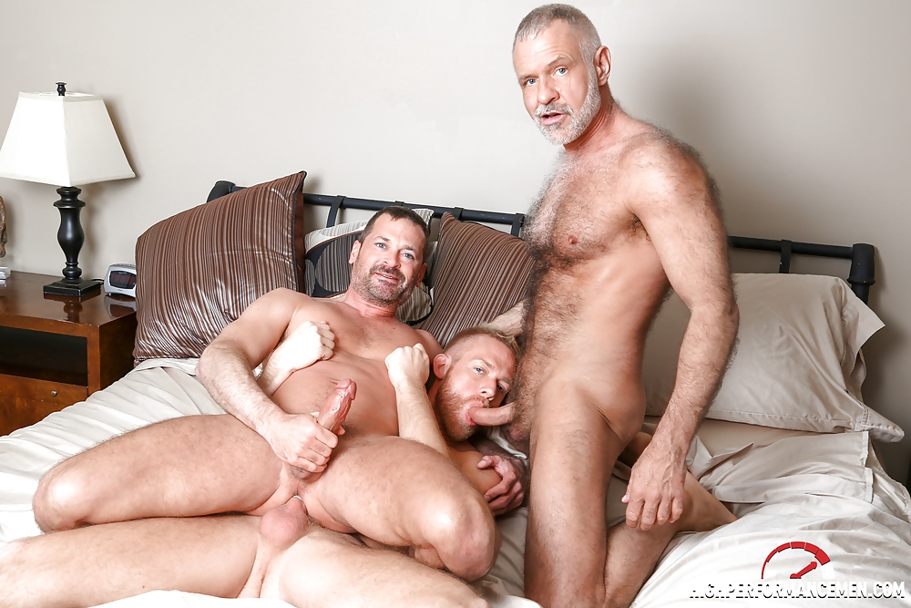 Pussy threesome pics