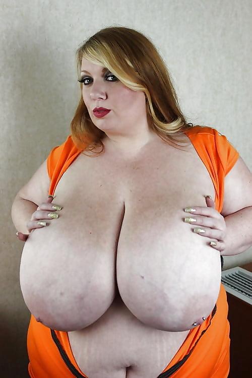 Bbw natural breast