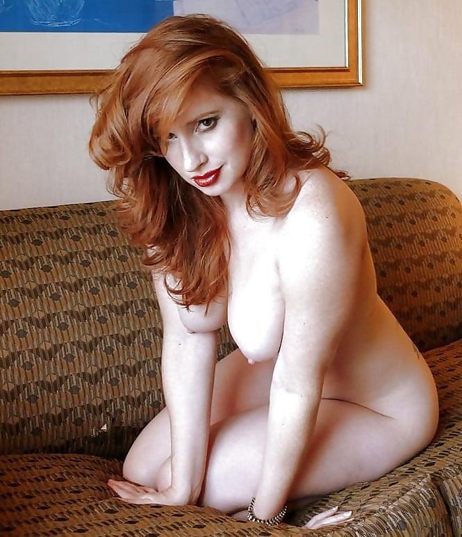 Beauty mature redhead — pic 4