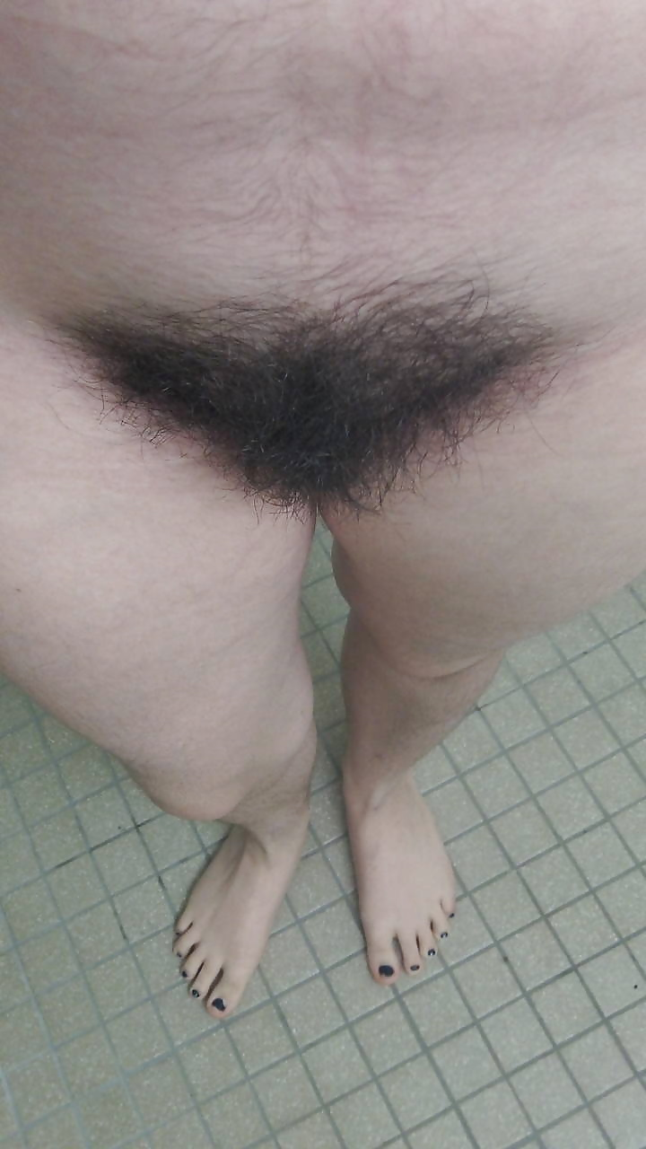 Older women with pubic hair nude — 10