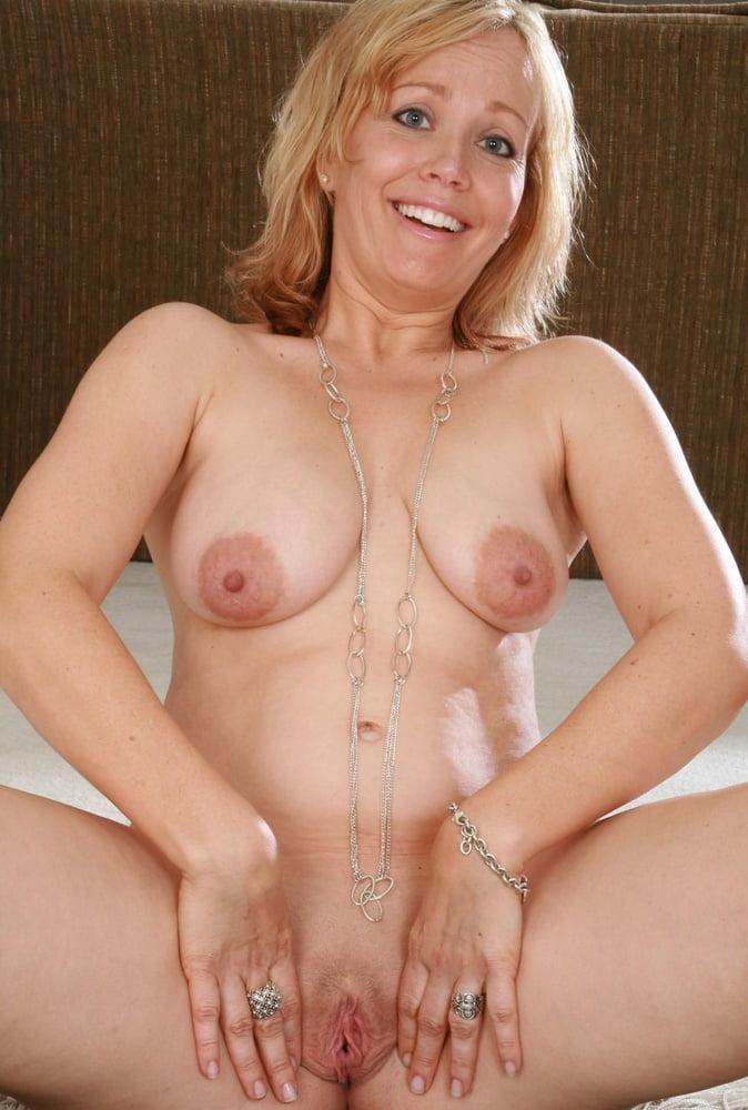 Aunt Judy Lady Mature