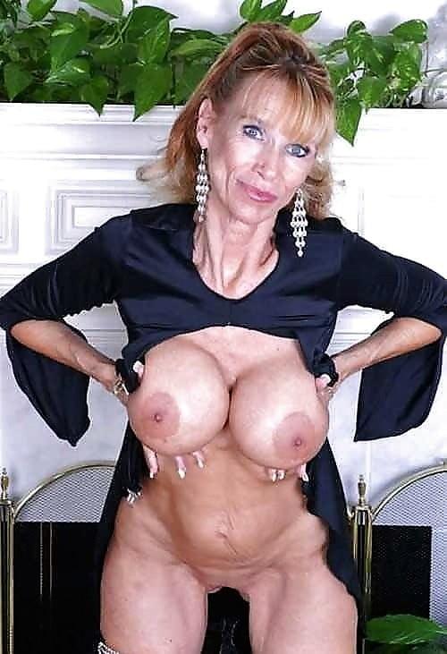 Older mature women xxl tits