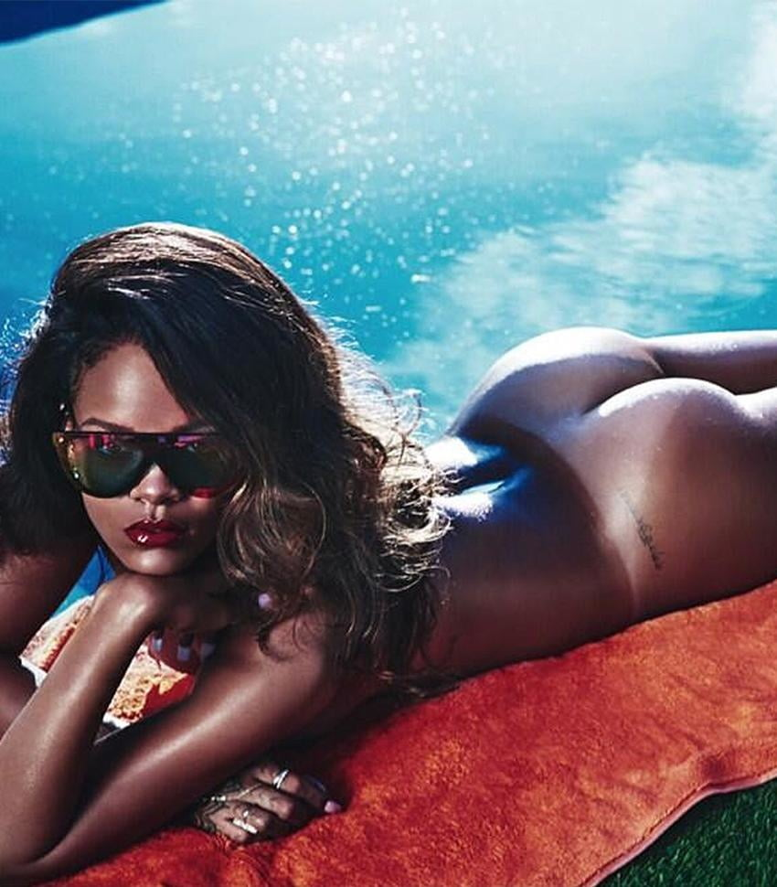 Lisa rinna praised for nude playboy throwback
