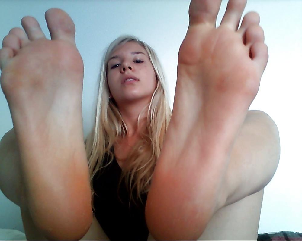The soles of jailbait feet 7