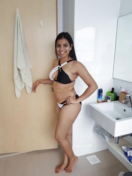 Beautiful indian nude boobs-3201
