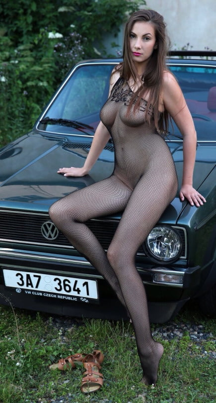 Yolkis    reccomended amateur mums naked