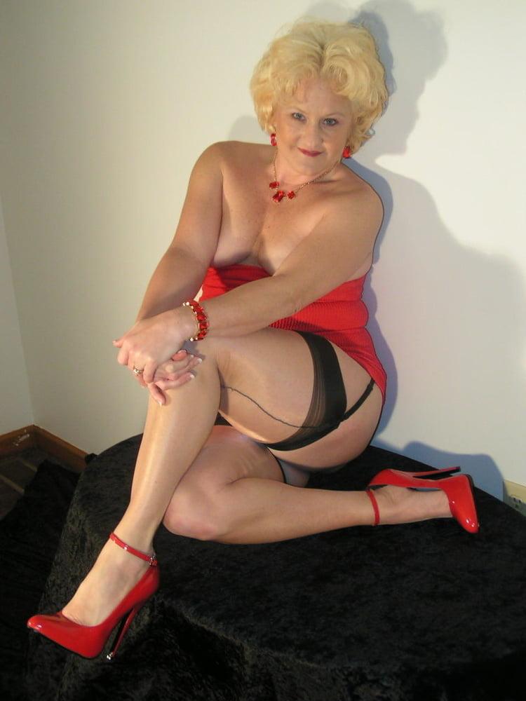 Granny Joanne - 29 Pics