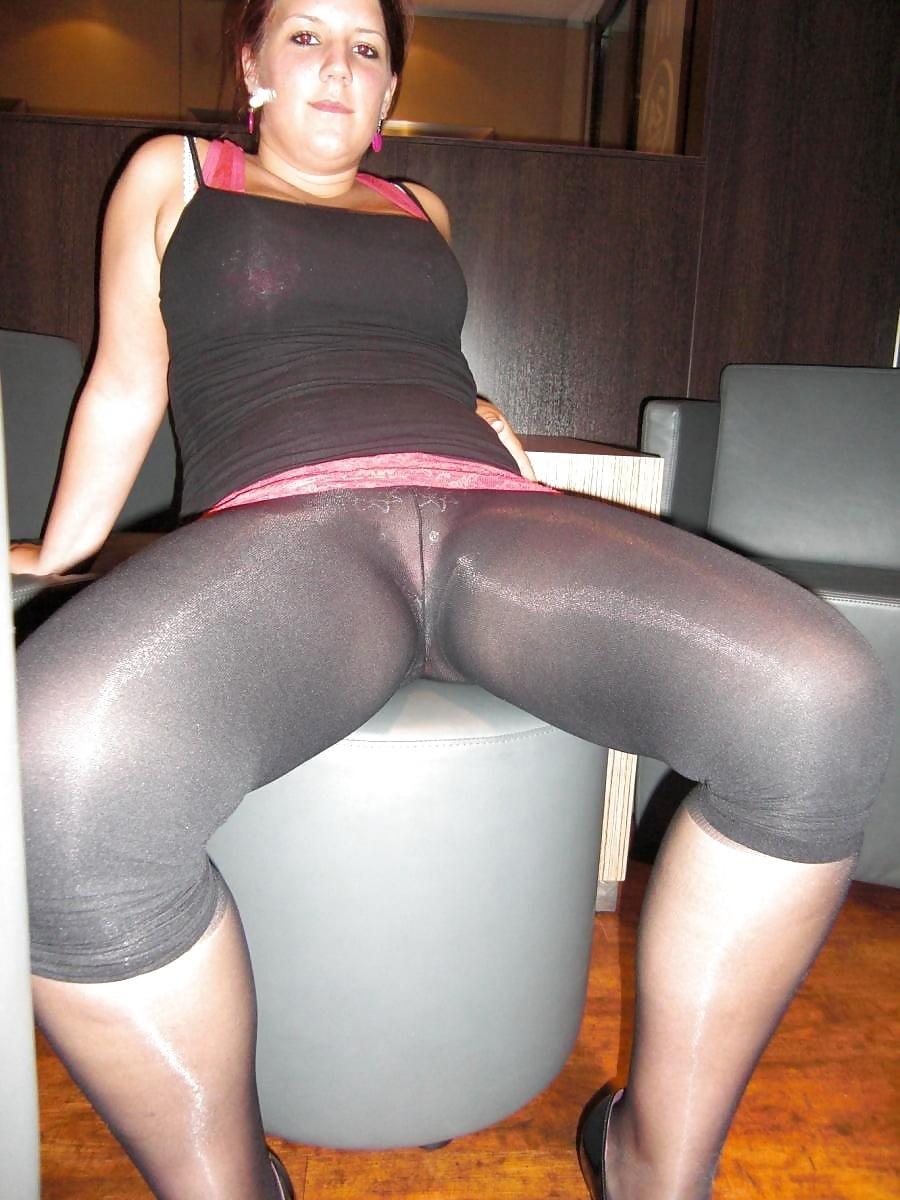 Milf nude sexy wet tight ass