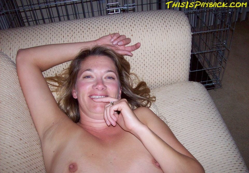 Hot milf poses naked, masturbates, sucks and fucks - 41 Pics