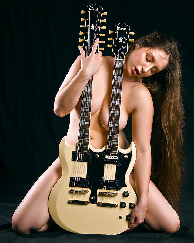 Naked guitar girl