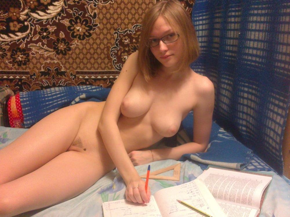 сексуальная голая студентка частное черт его