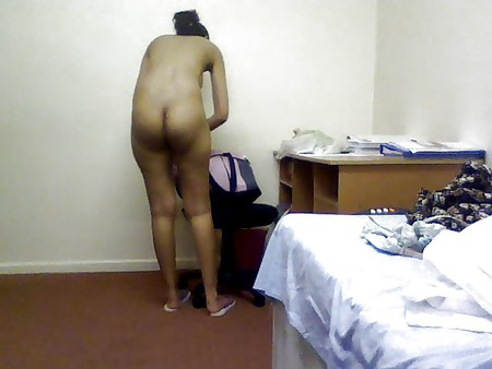 desi Girl showing on cam