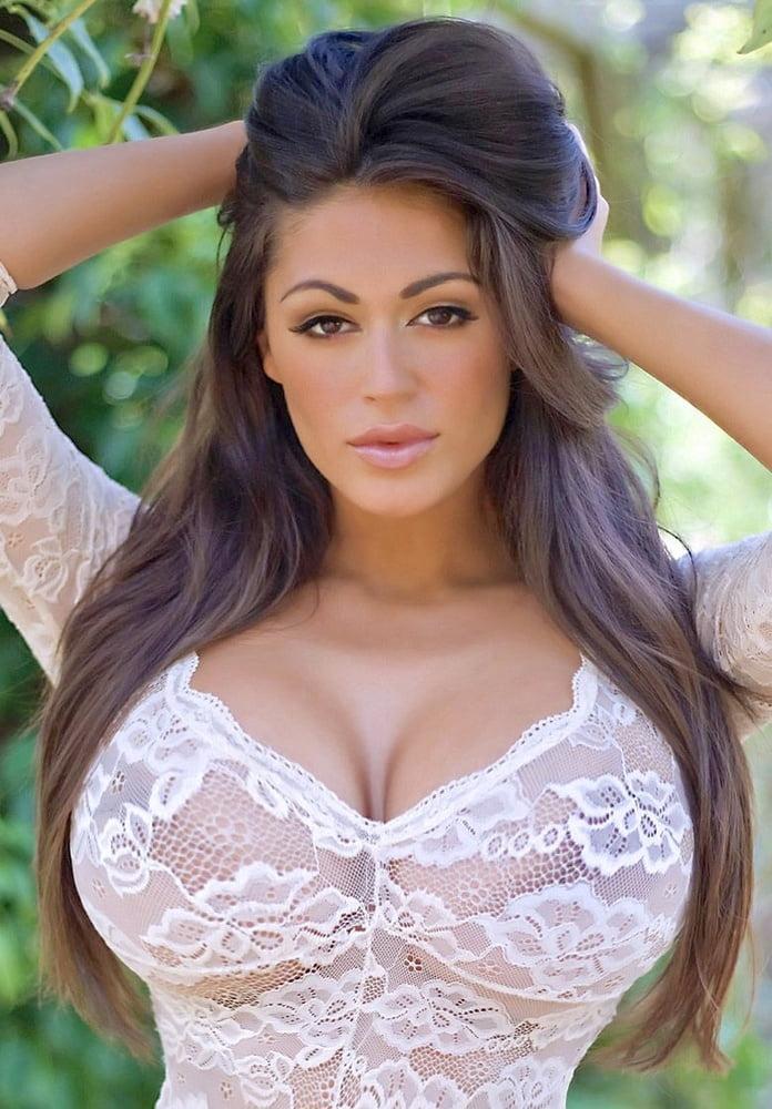 Big tits latina nude women — photo 15