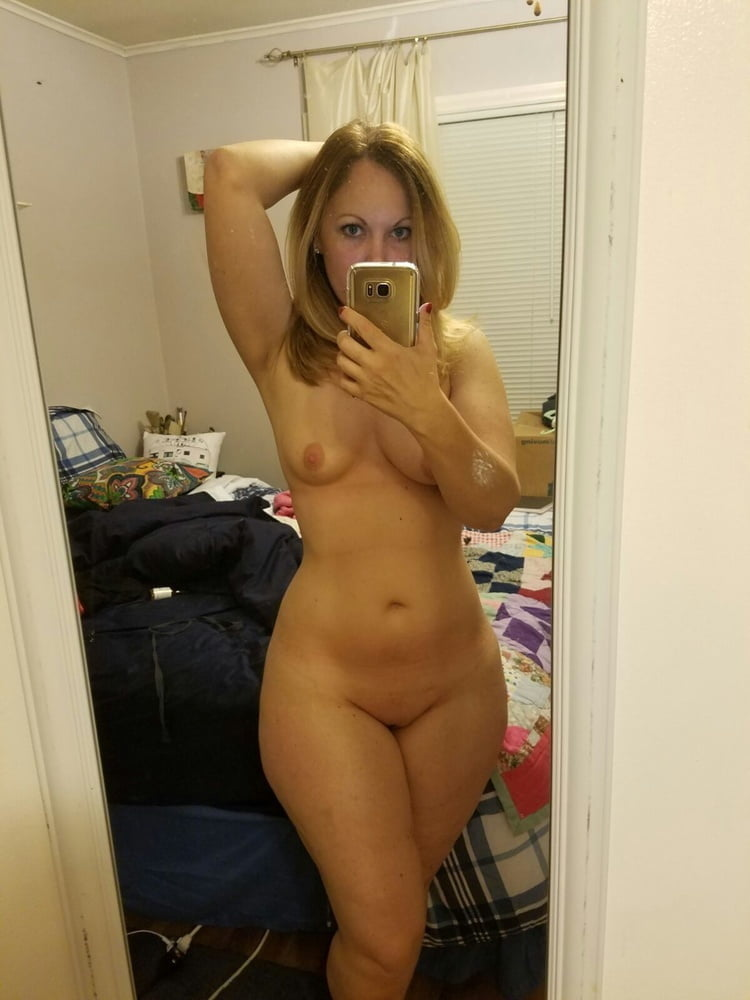 Sexy girls cell phone pics nude