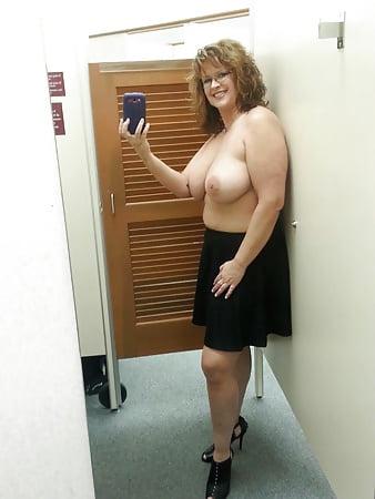 hot selfie women nude