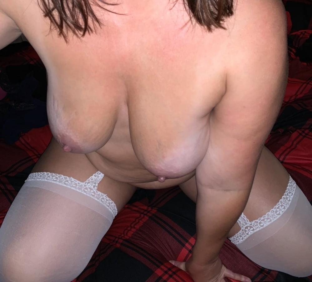 My Hot chunky wife - 19 Pics