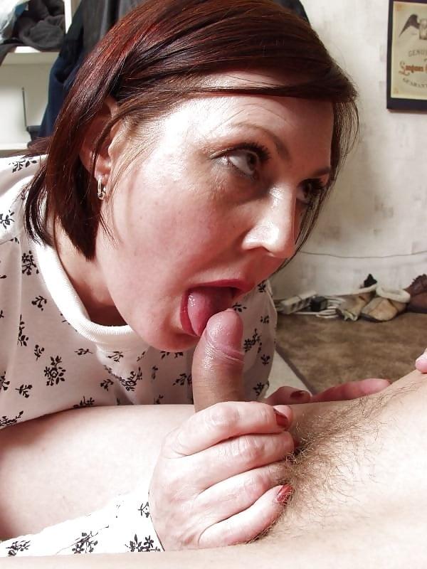 mums-sucking-penis-nude