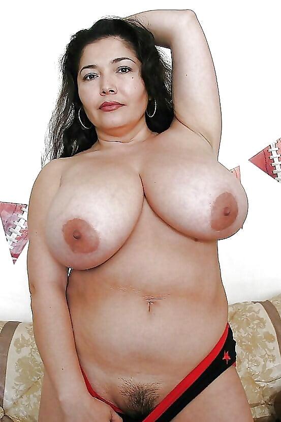 busty-latinas-xxx-picturestures