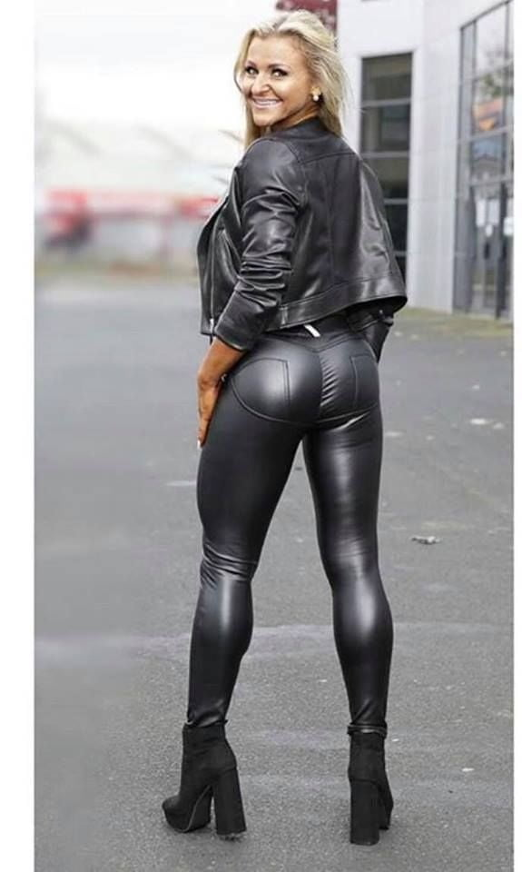 Leather pants lover
