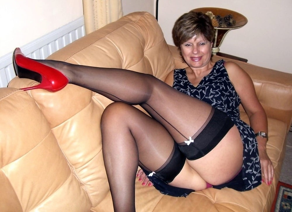 My Brazilian Mature Wife Sexy Pictures