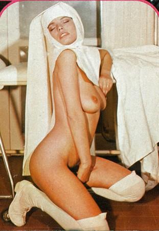 Paola Morra  nackt