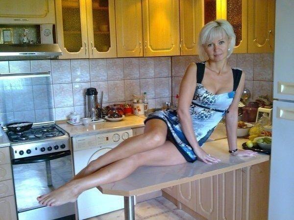 doma-tetka-rasslabilas-foto