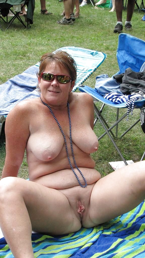Mature women, amateur porn pictures and pics, nude wives, ex