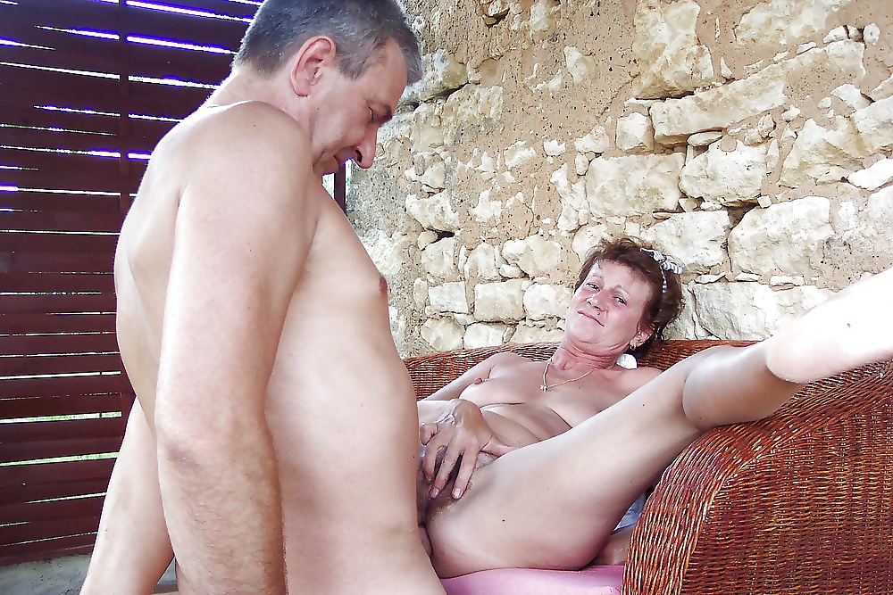 adult-mature-couples-pussy