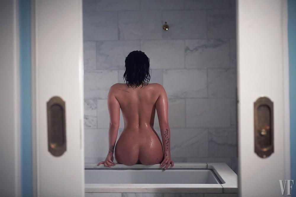 nude Demi sex lovato