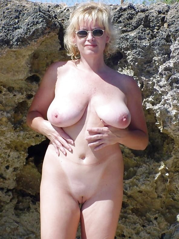 My wives flashing nude pictures