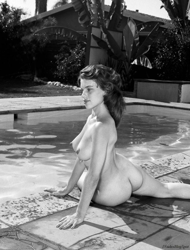 Marilyn Wesley - 7 Pics
