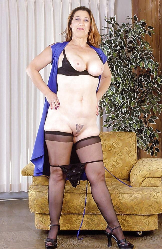 Mature mom tits-3675