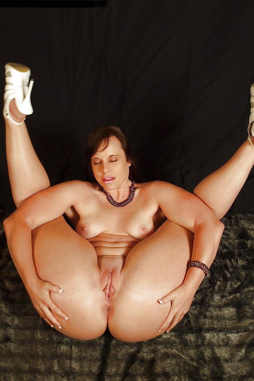 flexible-milf-amateur-moms