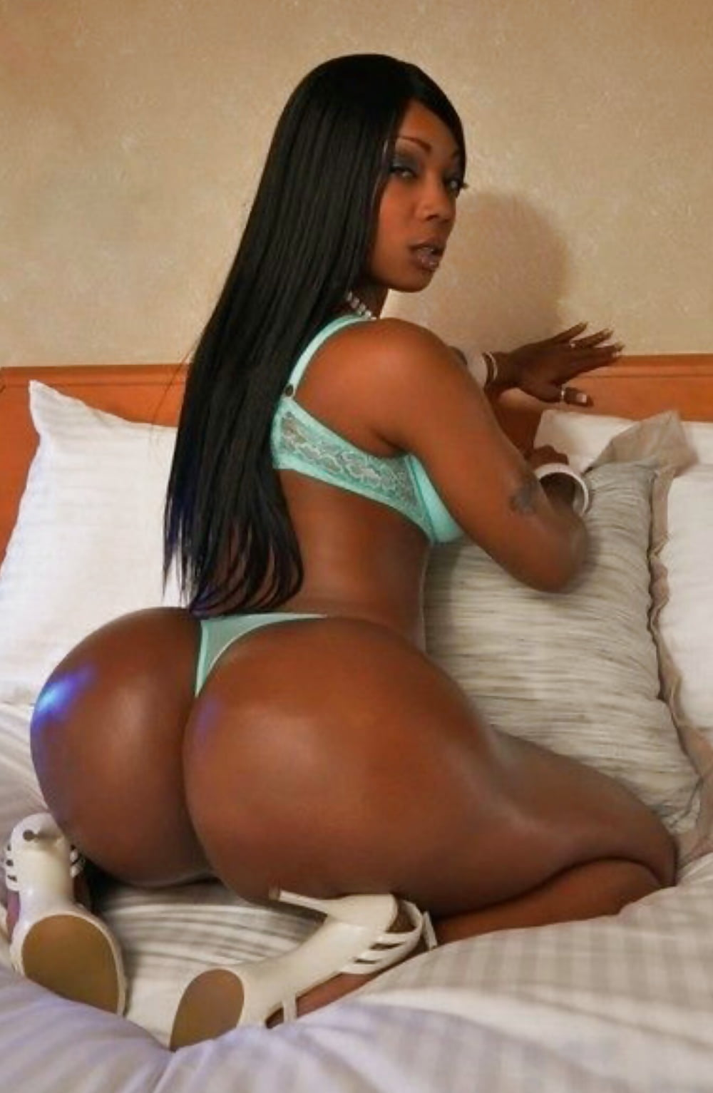hot-black-women-with-big-asses-naked-picks