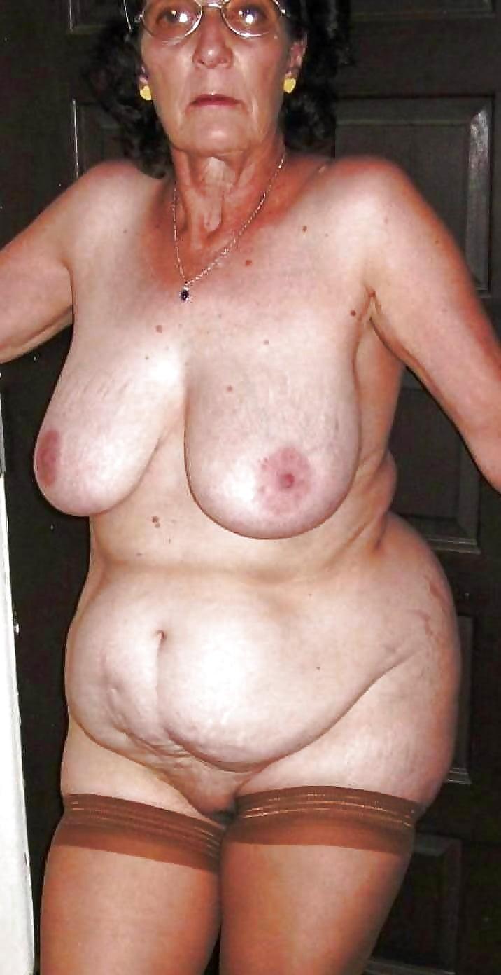 Mature big ass porn pics