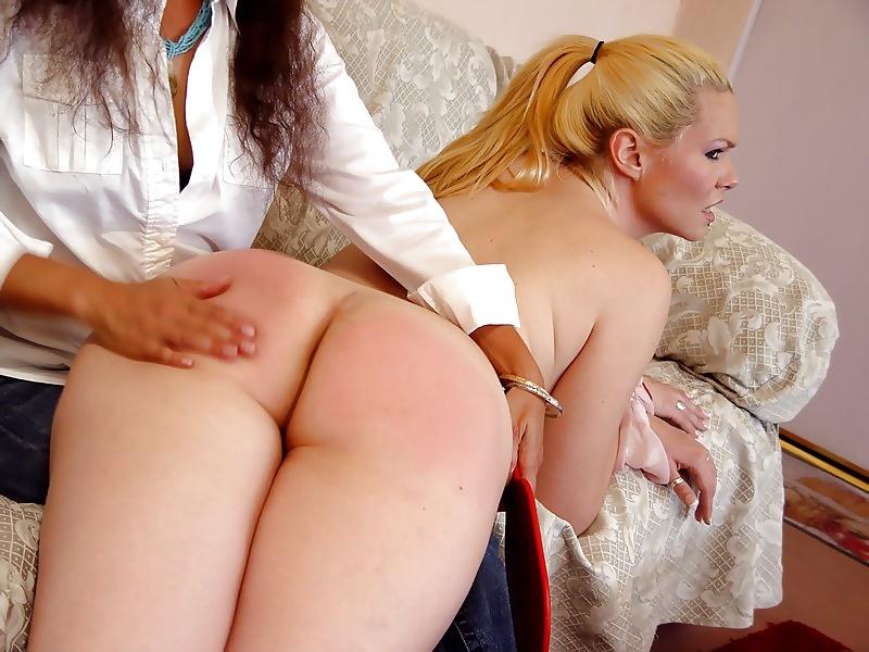 Super Hot Lesbian Ass Spanking
