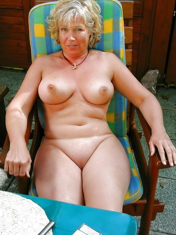 Granny and Mature - 9 Pics