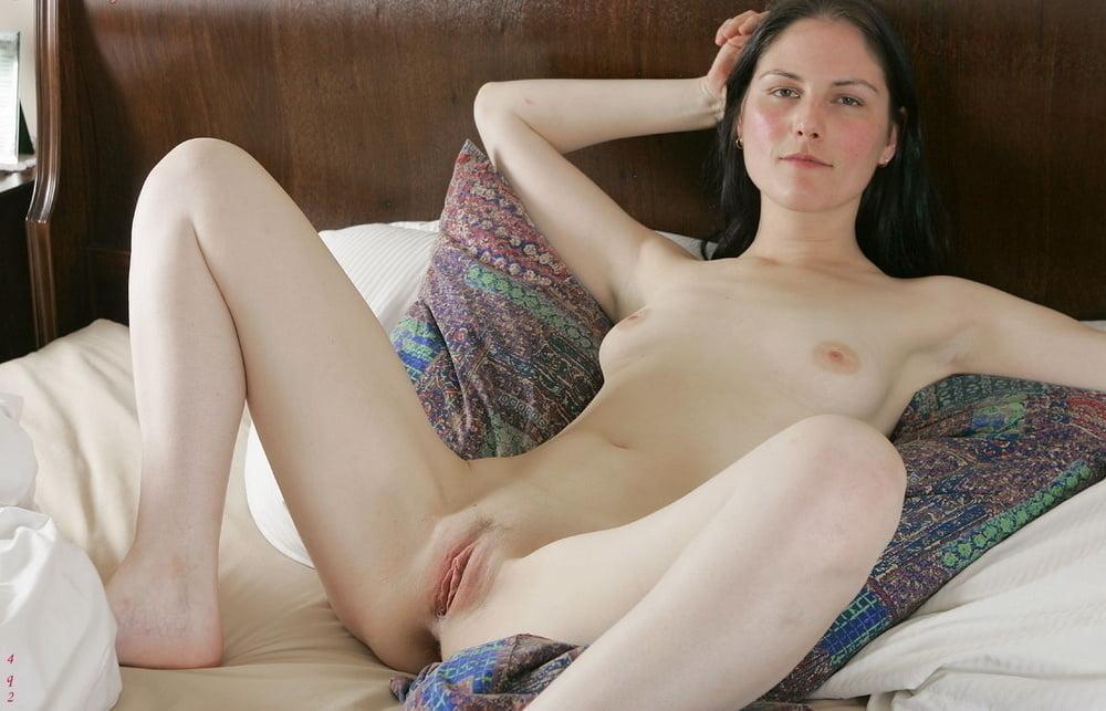jolie petit seins