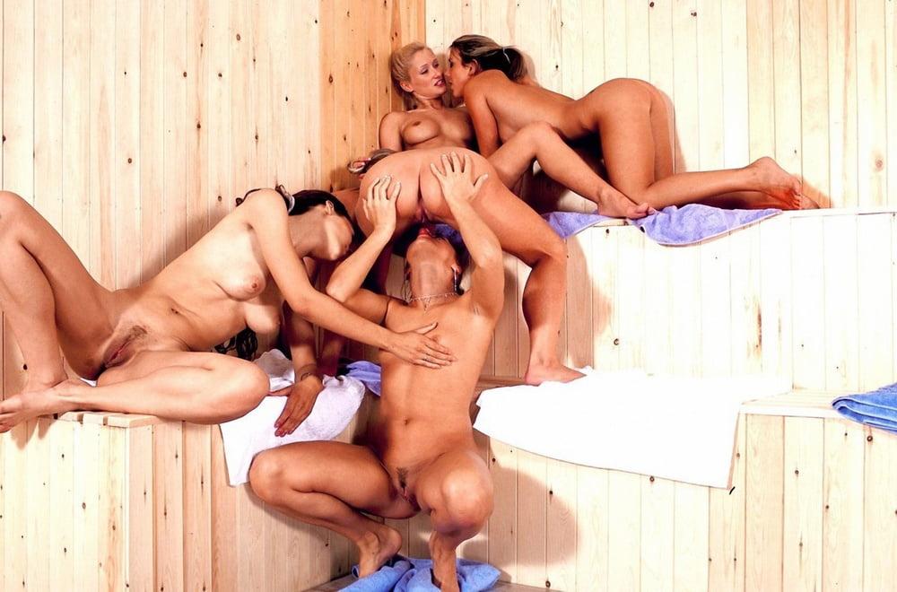 porno-v-saune-vchetverom