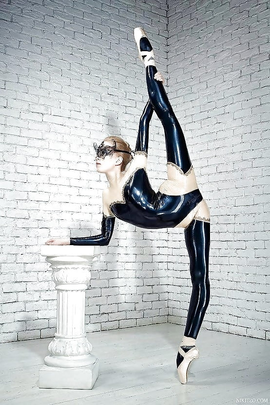 Ballerina Flexible Baby Stripping Latex 1