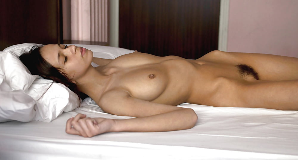 Sleeping nude chinese women, naked women from loisiana